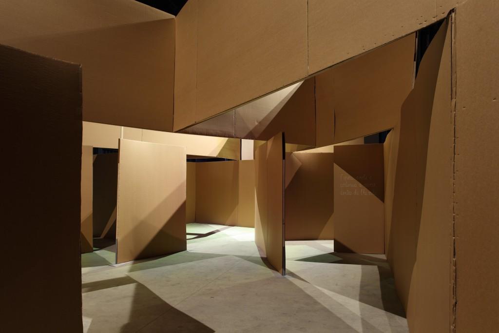 """Progetto """"Terre Vulnerabili"""", Une ville spatiale pour artistes, Hangar Bicocca, Milano, 2010 (foto Agostino Osio)"""